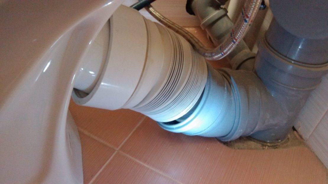 Почему в туалете пахнет канализацией что делать