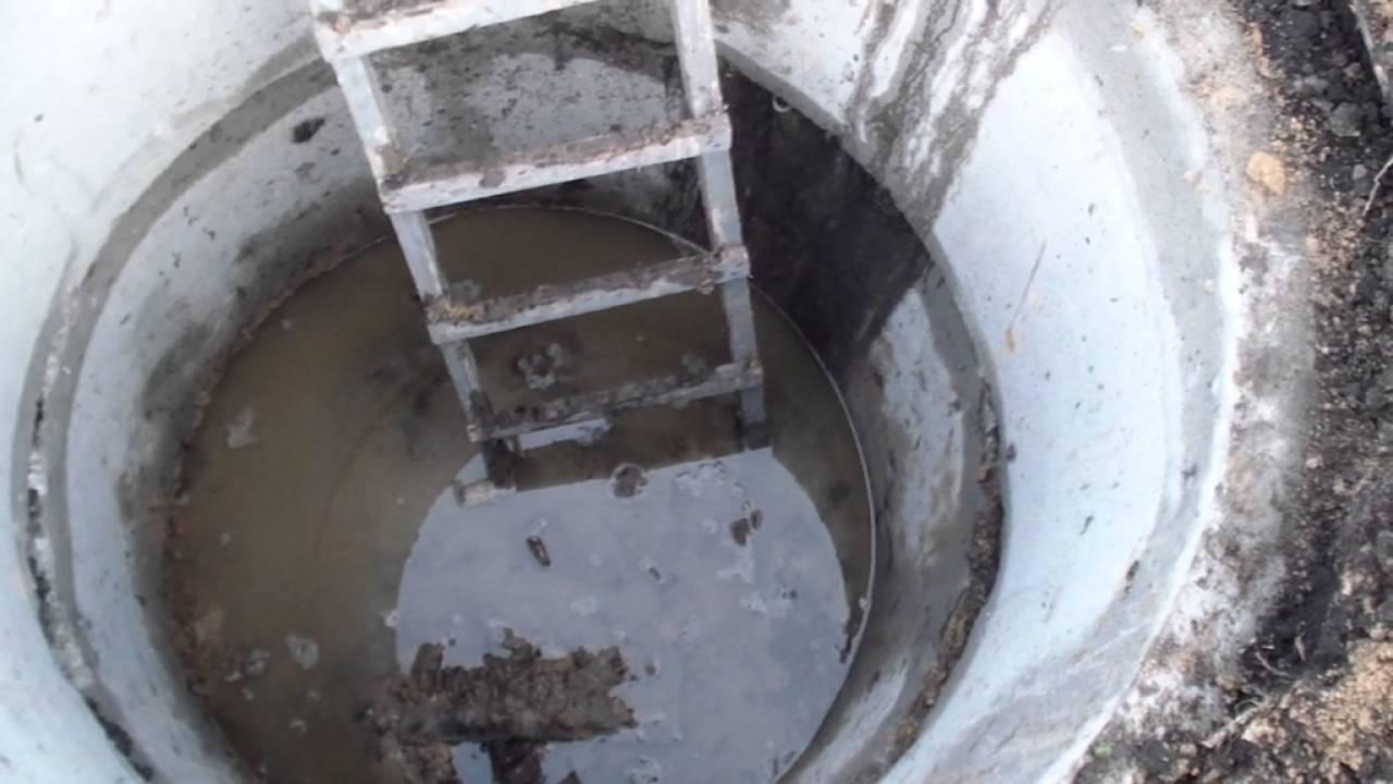 Выгребная яма быстро наполняется после откачки: почему не уходит вода, что делать