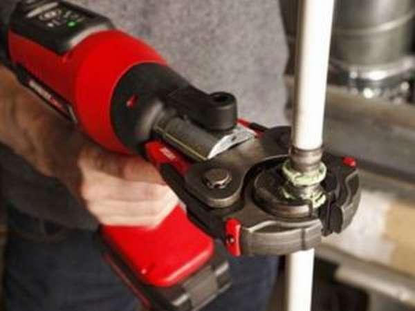 Трубные клещи: видео-инструкция по монтажу своими руками, особенности ручных изделий для металлопластиковых труб, цена, фото