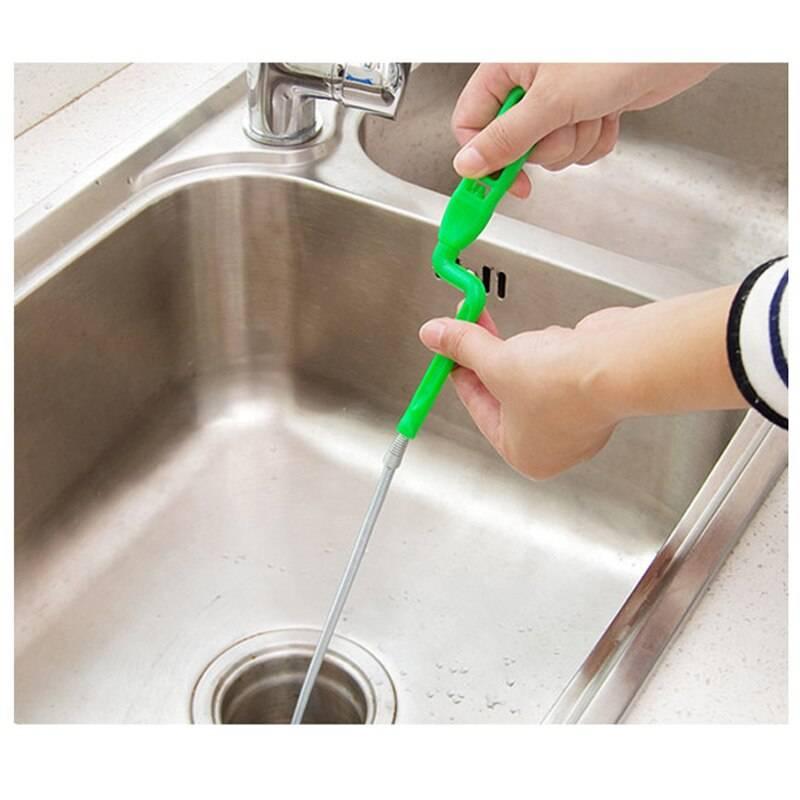 Механические и химические способы устранения засоров в ванной
