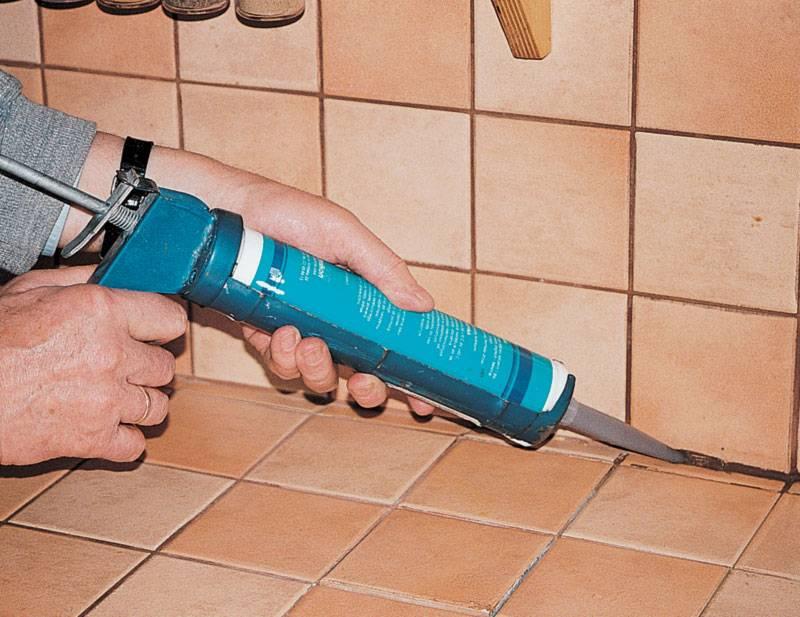 Герметик для ванной: как выбрать и нанести своими руками   ремонт и дизайн ванной комнаты