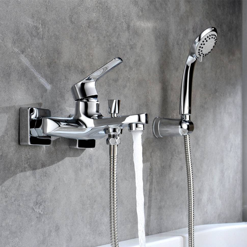 Смеситель для ванны с душем (83 фото): как выбрать душевой кран с верхней лейкой, grohe и другие популярные марки, немецкие или российского производства - какие лучше