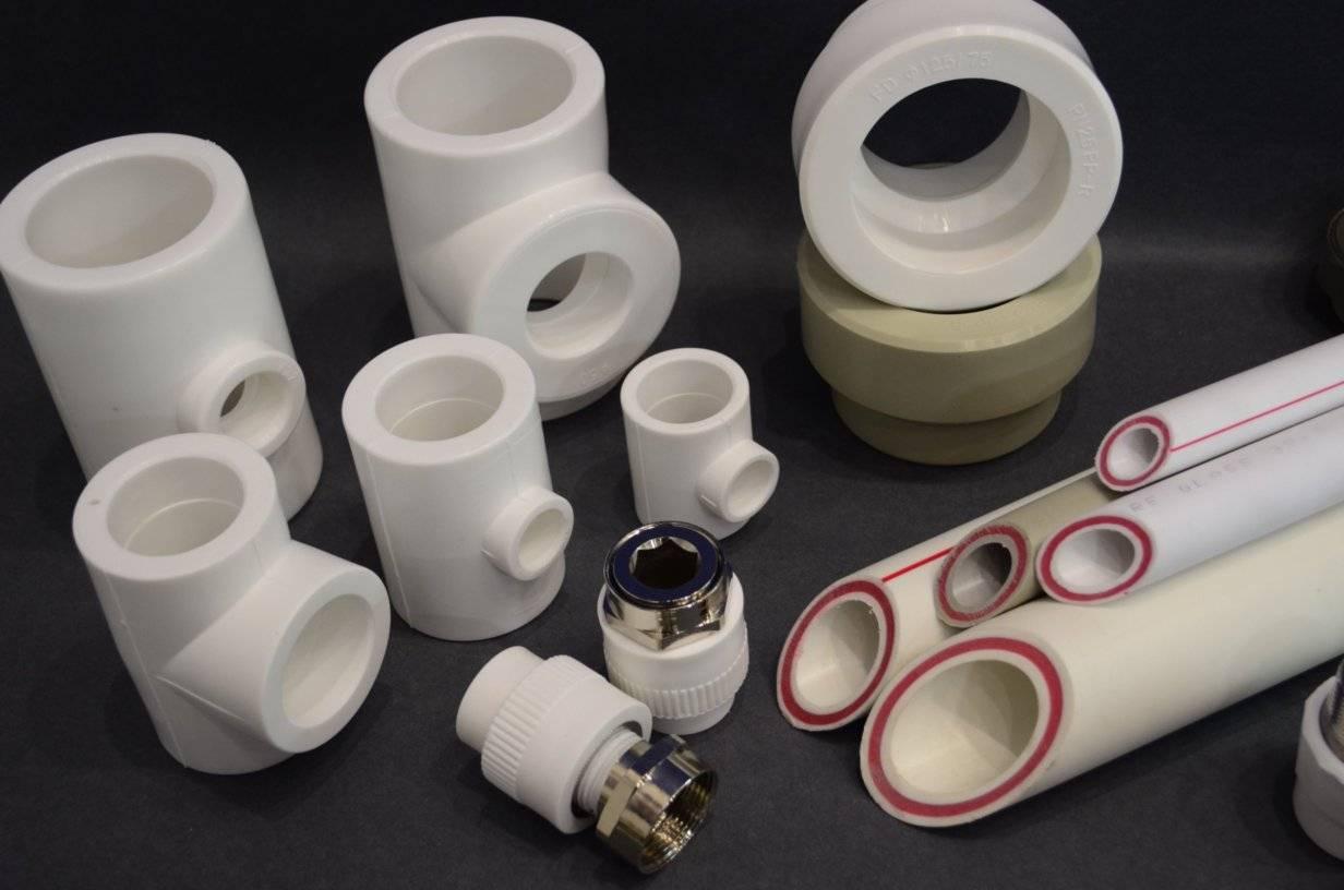 Фитинги для полипропиленовых труб: размеры, виды, монтаж