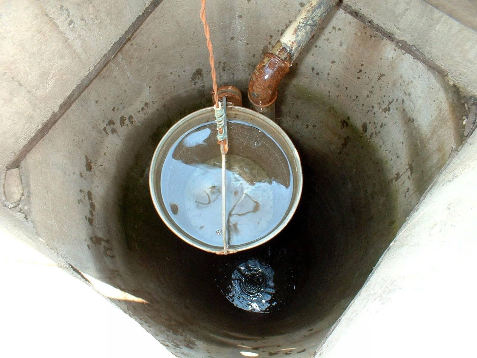 Анализ воды из колодца: на какие показатели проверять   гидро гуру