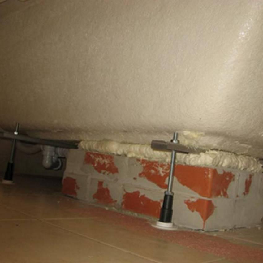 Установка акриловой ванны на каркас своими руками: подробная пошаговая инструкция, как правильно установить акриловую ванну на ножках, установка ножек на акриловую ванну, как собрать на каркасе,сборка каркаса.