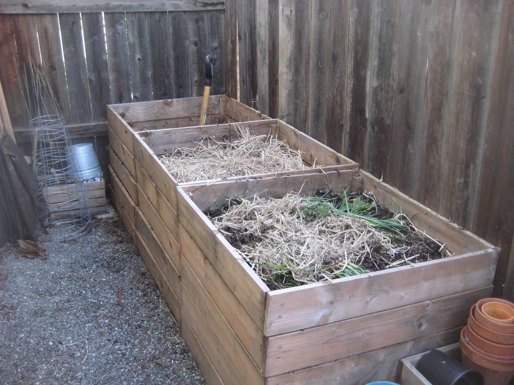 Как сделать компостную яму своими руками? фото