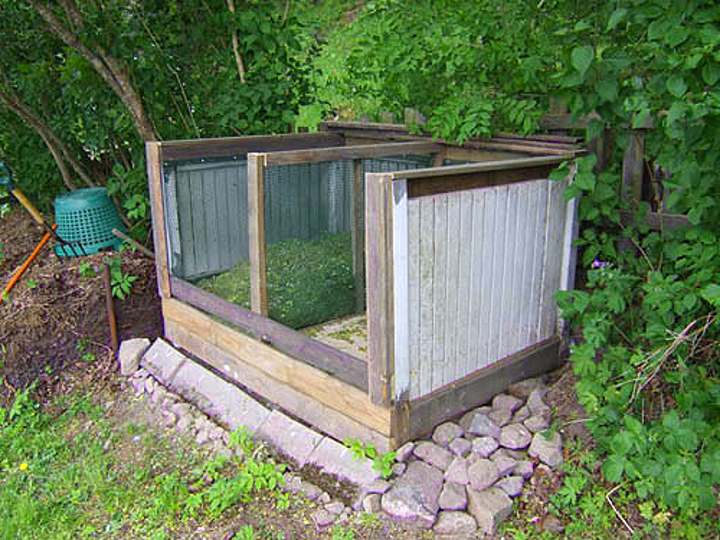 Как сделать компостную яму на даче своими руками — виды конструкции: из дерева, из бочки и другие +Фото