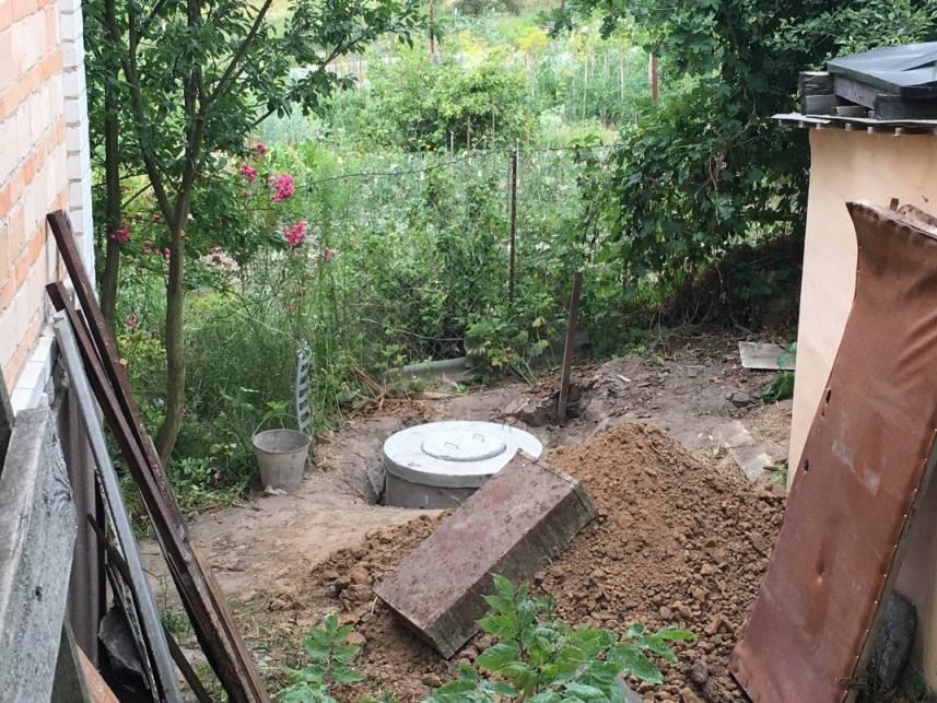 Туалет на даче с выгребной ямой своими руками:схема,этапы,размеры