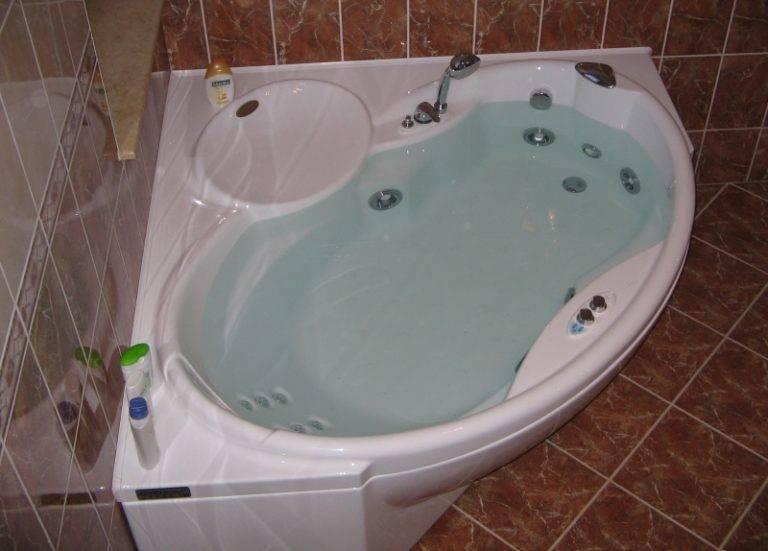 Гидромассажная ванна: что это такое, разновидности джакузи, какую выбрать, фото