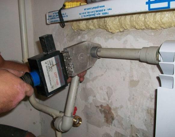 Особенности выбора и установки пластиковых труб для водопровода