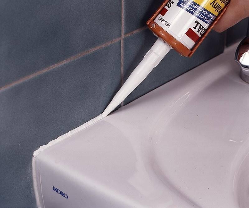 Какой герметик лучше выбрать для ванной комнаты — фото и видео обзор