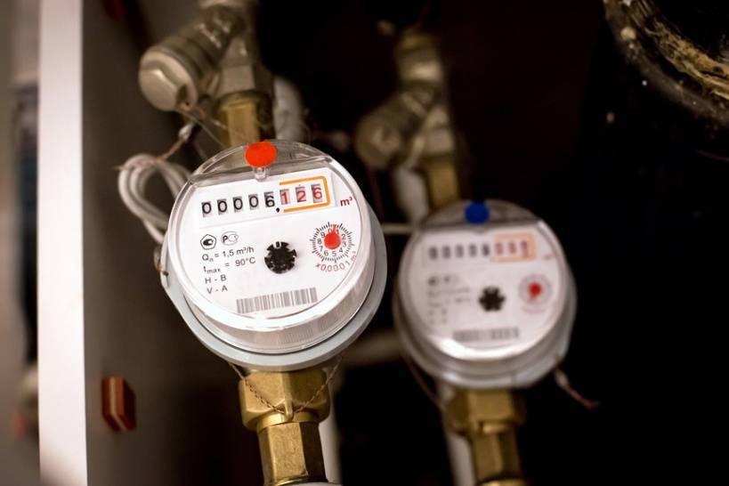 Летом жители перестанут платить за замену электросчетчиков — российская газета