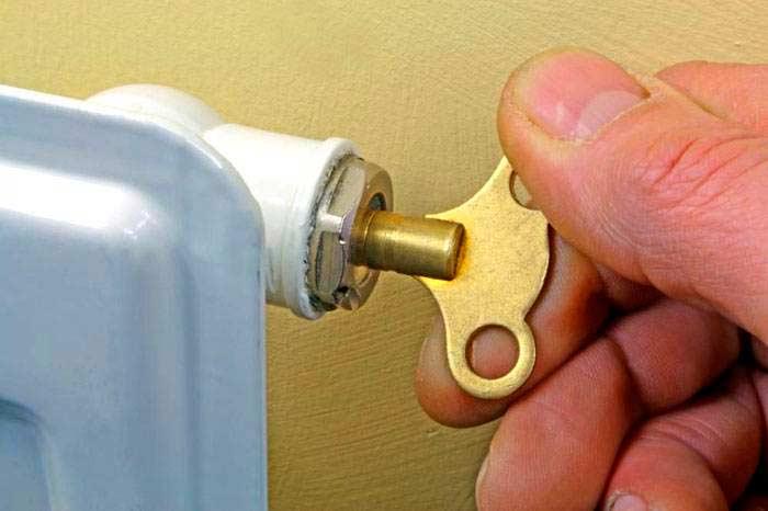Кран маевского: принцип работы и фото, ключ для чугунных радиаторов, принцип работы воздушного крана, видео
