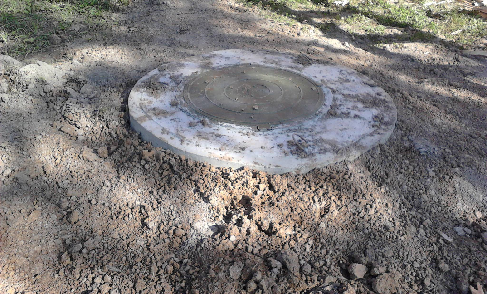 Собираетесь делать сливную яму своими руками? подробная инструкция с фото и видео примерами правильного сооружения ямы.