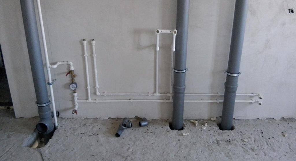 Все о замене канализационного стояка в квартире
