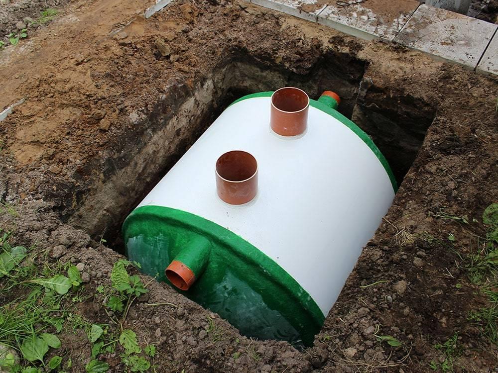 Что лучше для установки в загородном доме септик или автономная канализация?