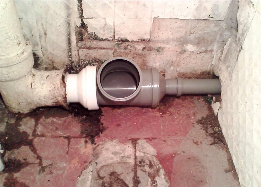 Меняем чугунные трубы канализации на пластиковые. замена канализационных труб с чугуна на пластик своими руками