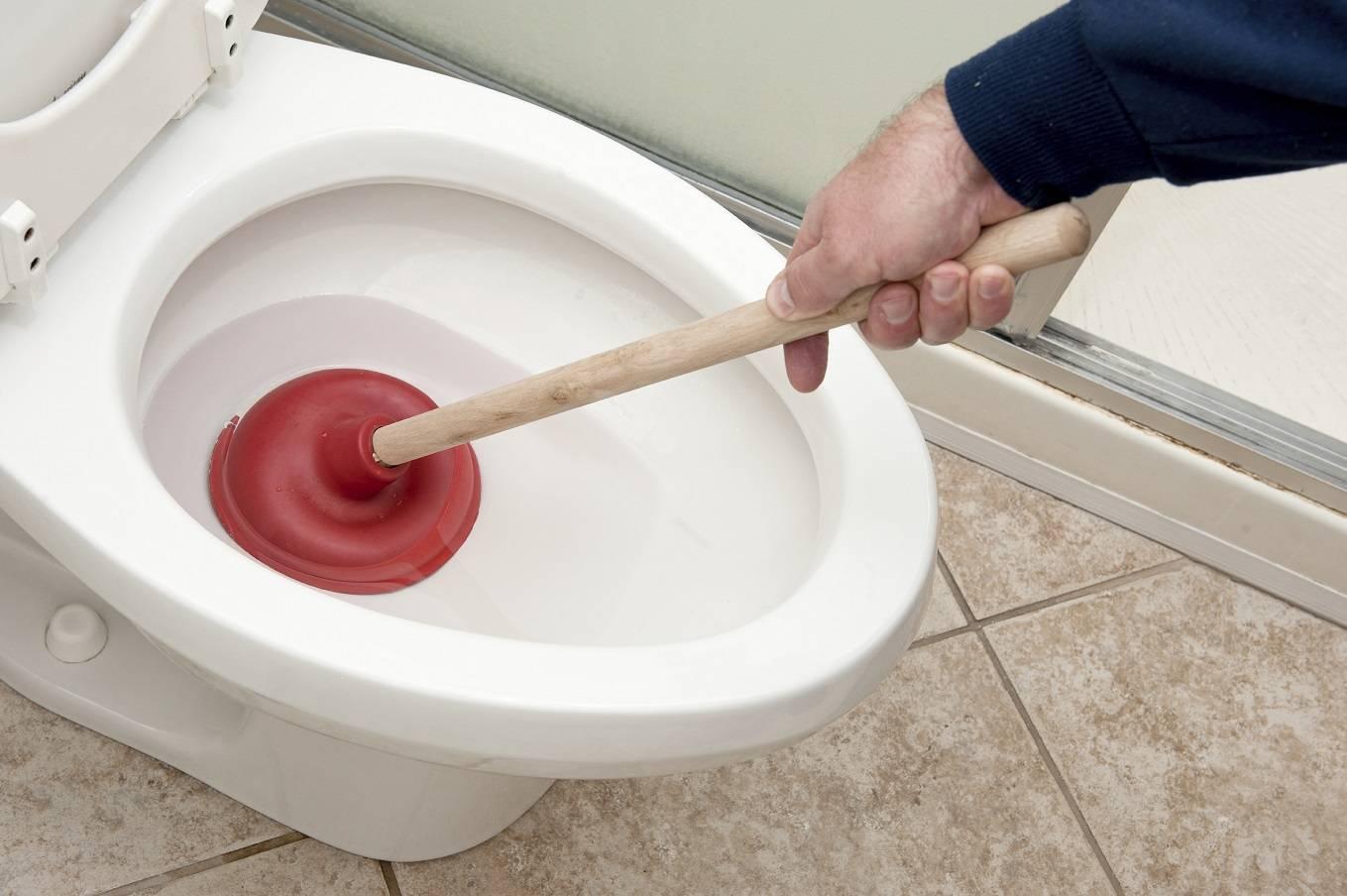 Как прочистить унитаз от засора - все о канализации
