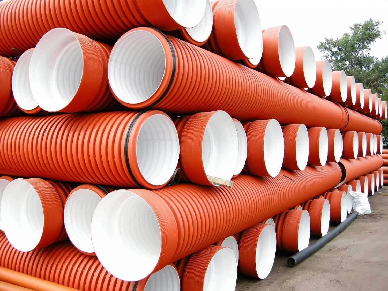 Трубы полиэтиленовые для канализации: виды, характеристики, монтаж