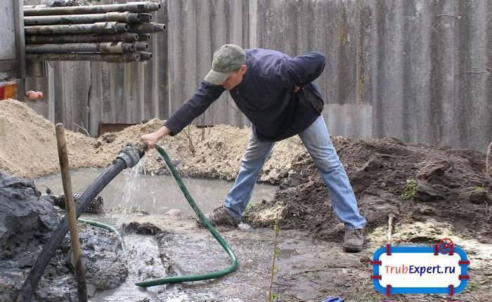 Как раскачать скважину на глине – чистим самостоятельно - учебник сантехника