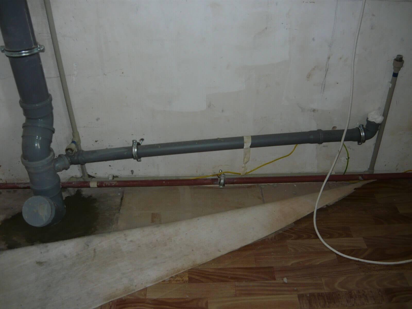 Как сделать разводку канализации в частном доме своими руками - жми!