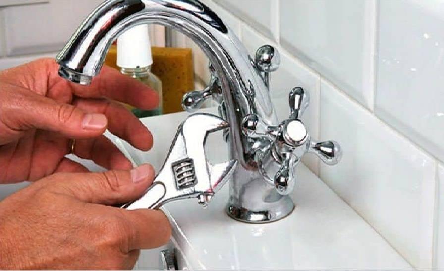 Почему гудит, свистит или подтекает кран в ванной комнате