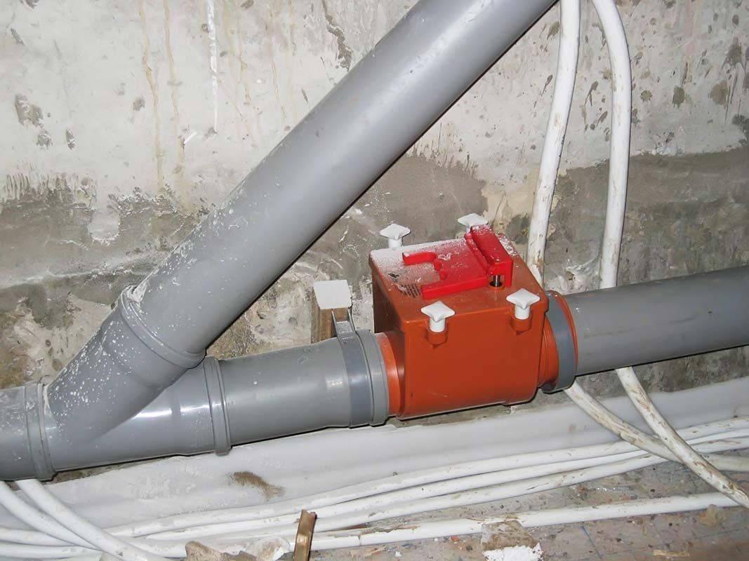 Клапан обратный для канализации