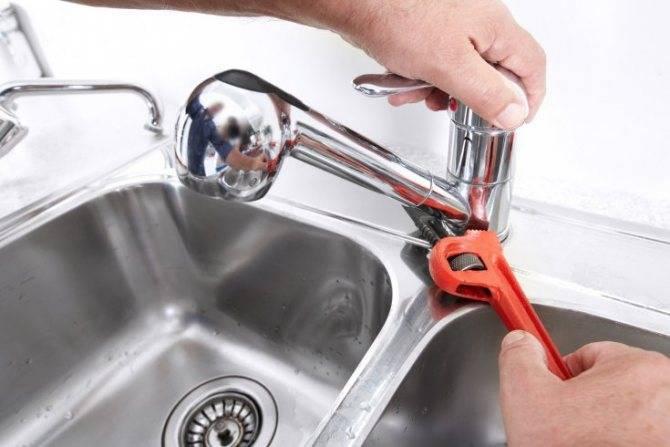 Однорычажные смесители для ванной: устройство, как разобрать и сделать ремонт крана с одной ручкой, видео
