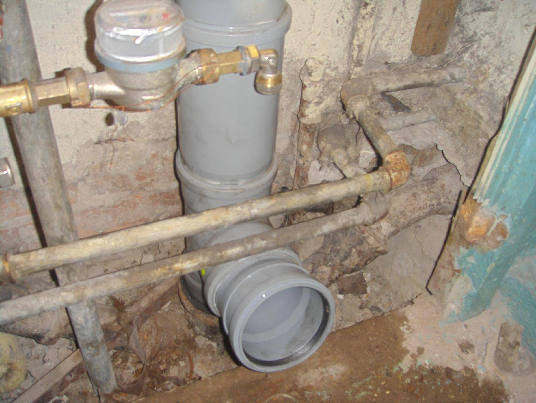 Замена стояка канализации в квартире, как заменить правильно