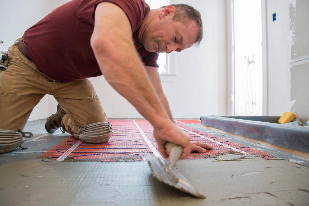 Как сделать теплый пол под плитку своими руками