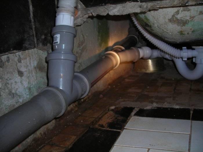 Подключение ванны к канализации - 5 способов как подключить слив
