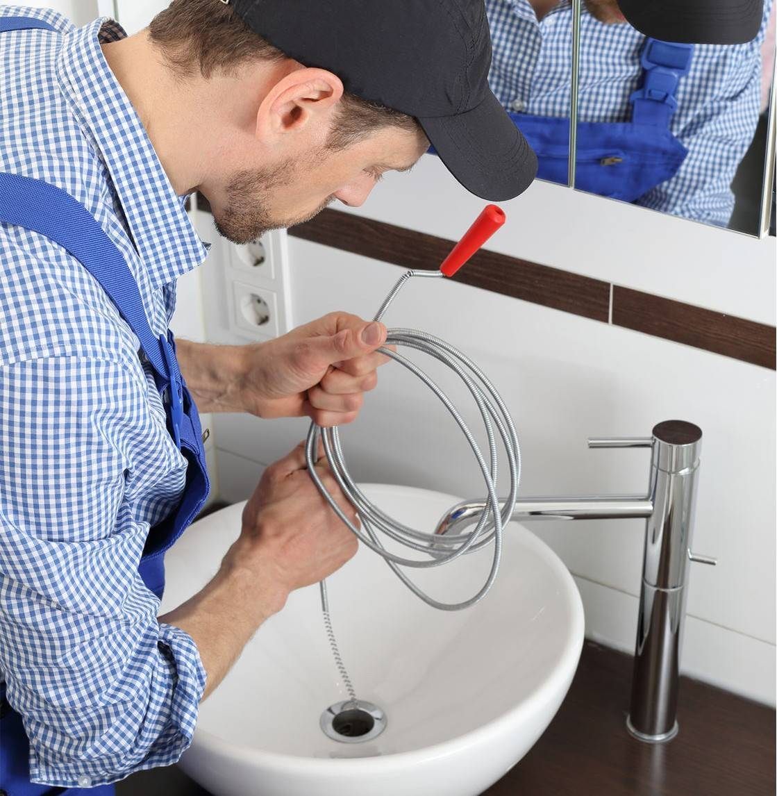 Как удалить засор в ванной: обзор механических и специальных средств